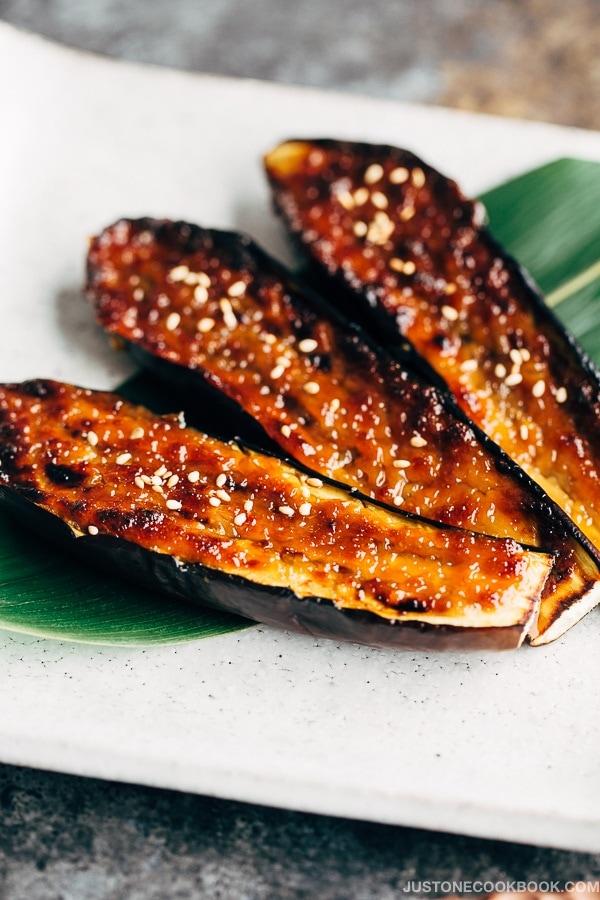 Miso Dengaku - Eggplant (ナスの味噌田楽)   Easy Japanese Recipes at JustOneCookbook.com