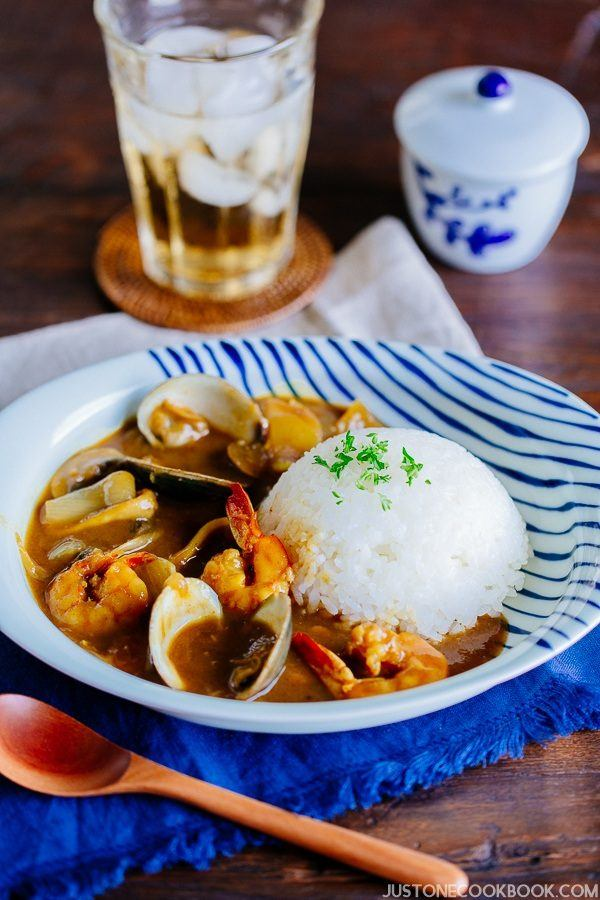 Pressure Cooker Japanese Seafood Curry and white rice on a plate.
