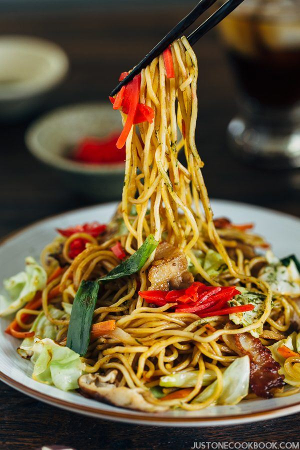 Yakisoba on a white plate.