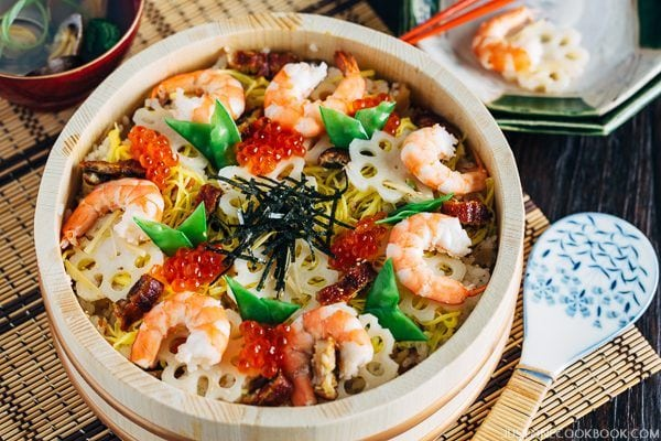 Chirashi Sushi 五目ちらし寿司 | Easy Japanese Recipes at JustOneCookbook.com