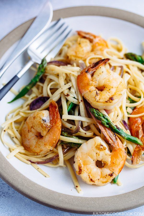 Easy gluten free Japanese Wafu Pasta with Shrimp and Asparagus on a plate.