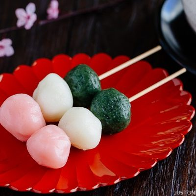 Hanami Dango (花見団子)   Sanshoku Dango (三色団子)   Easy Japanese Recipes at JustOneCookbook.com
