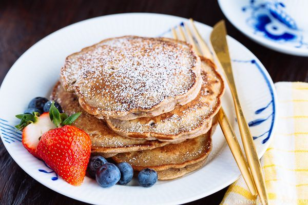 Red Bean Pancake with berries on a plate.