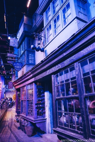 London Travel Guide Day 4 - Warner Bros. Studio: The Making of Harry Potter | JustOneCookbook.com