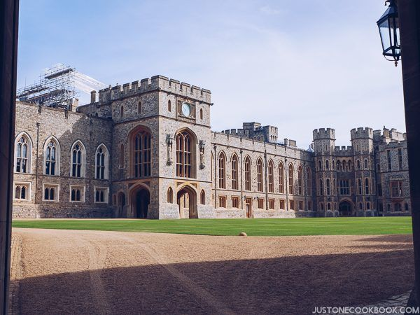 London Travel Guide - Windsor Castle