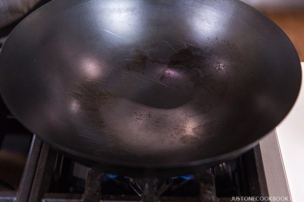 how to season a wok step by step-33