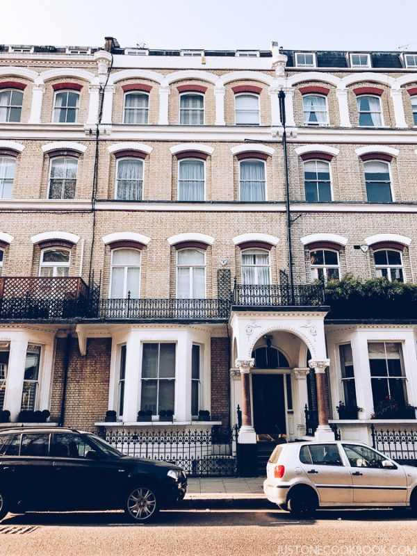 London Travel Guide - Earl's Court Airbnb | JustOneCookbook.com