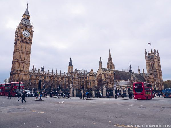London Travel Guide - The Palace of Westminster | JustOneCookbook.com