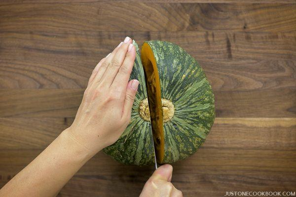 How To Cut a Kabocha Squash 3