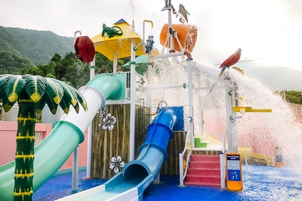Aquabeat Suginoi Hotel Beppu outdoor play area - Beppu travel guide | justonecookbook.com