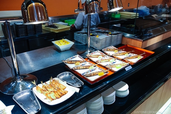 breakfast buffet Suginoi Hotel Beppu - Beppu travel guide | justonecookbook.com