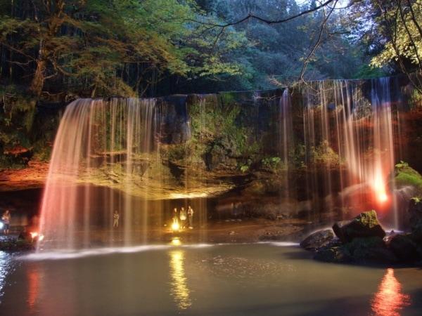 鍋ヶ滝 Nabegataki Falls Kurokawa Onsen