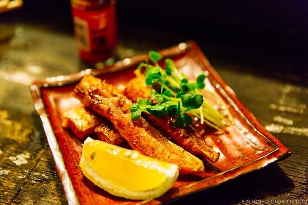 grilled fish belly at Naochan Yatai - Fukuoka Travel Guide   justonecookbook.com