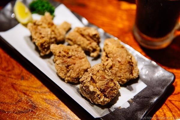 chicken karaage at ねぎぼうず Negibouzu Izakaya - Kumamoto Travel Guide | justonecookbook.com
