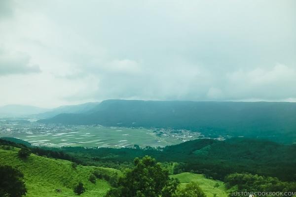 view from Daikanbo 大観峰 - Kumamoto Travel Guide | justonecookbook.com
