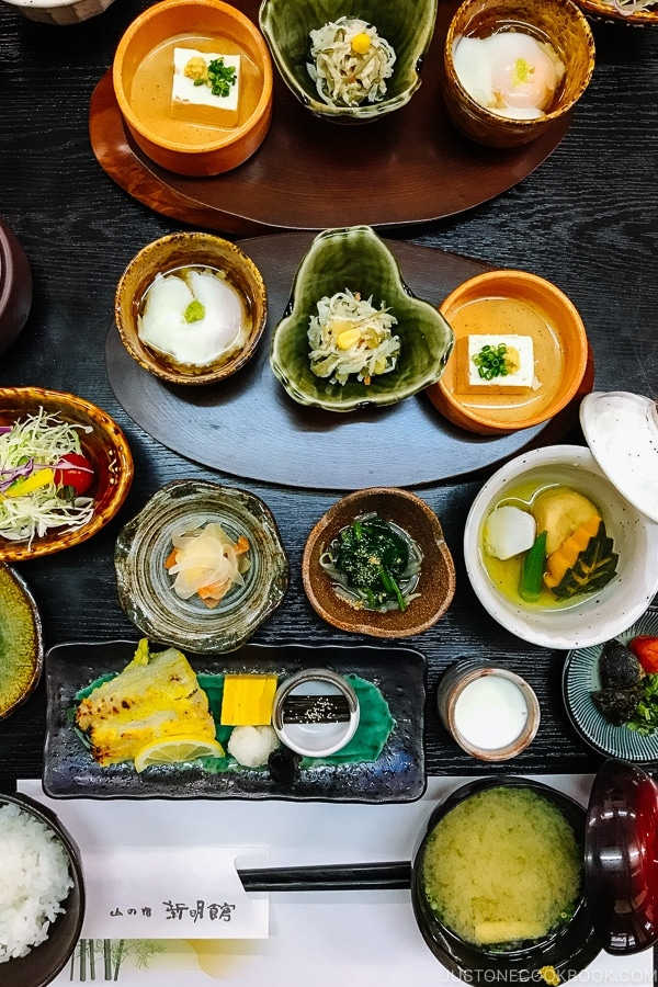breakfast at Shinmei-kan 山の宿 新明館 Kurokawa Onsen Travel Guide | justonecookbook.com