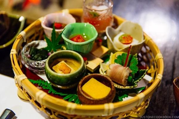 appetizer platter at Shinmei-kan 山の宿 新明館 Kurokawa Onsen Travel Guide   justonecookbook.com