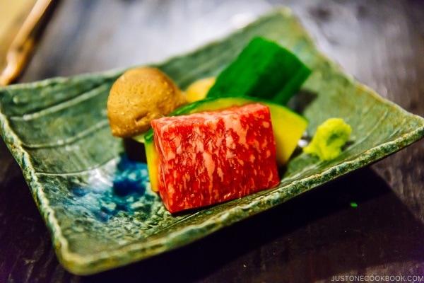 Kumamoto beef at Shinmei-kan 山の宿 新明館 Kurokawa Onsen Travel Guide   justonecookbook.com