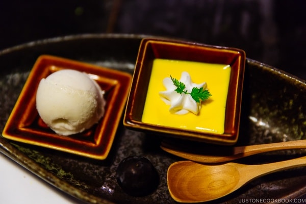 mango pudding dessert at Shinmei-kan 山の宿 新明館 Kurokawa Onsen Travel Guide | justonecookbook.com