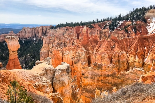 view from Agua Canyon - Bryce Canyon National Park Travel Guide | justonecookbook.com