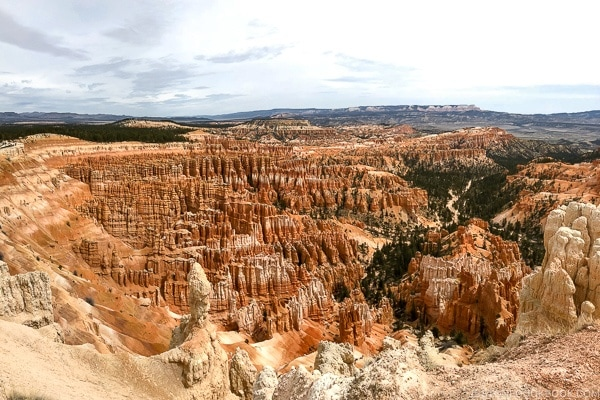 view from Inspiration Point - Bryce Canyon National Park Travel Guide | justonecookbook.com