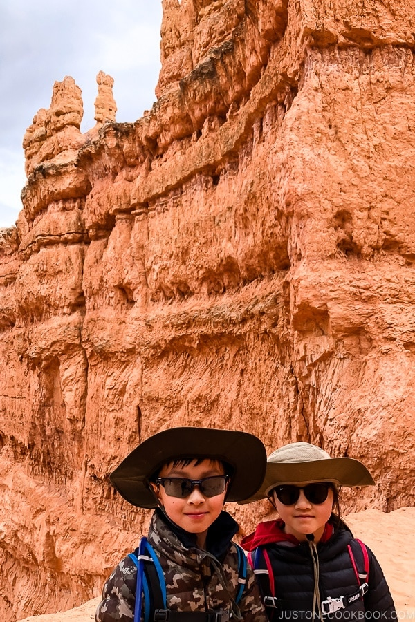 children on Navajo Loop - Bryce Canyon National Park Travel Guide | justonecookbook.com