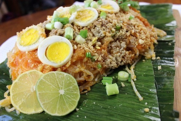 Pancit Palabok My Mothers Philippine Recipes cookbook