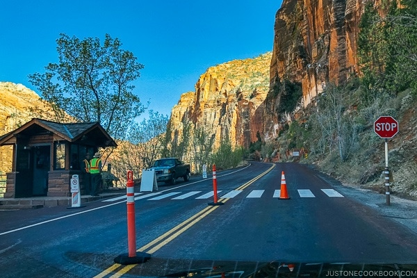 near ranger's booth on the west side of Zion-Mt. Carmel Highway and Tunnel - Zion National Park Travel Guide | justonecookbook.com