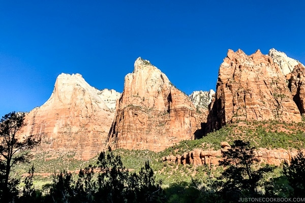 Court of the Patriarchs - Zion National Park Travel Guide | justonecookbook.com