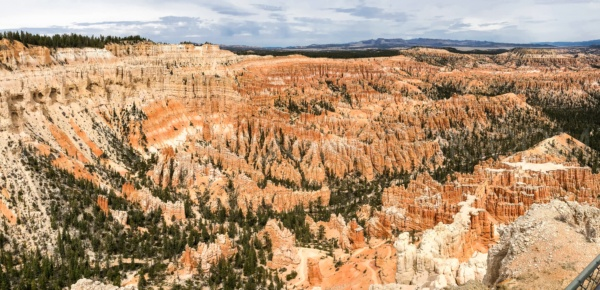 Panoramic shot Bryce Point - Bryce Canyon National Park Travel Guide | justonecookbook.com