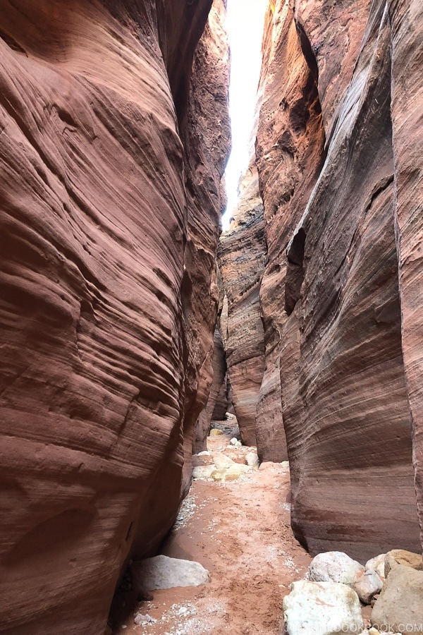 slot canyon on Wire Pass trail | justonecookbook.com