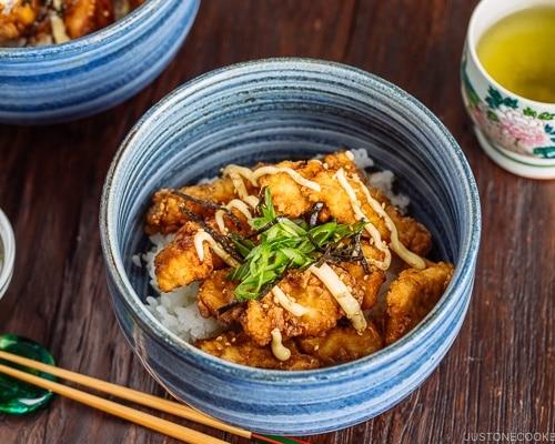Karaage Rice Bowl 中華風唐揚げ丼 Just One Cookbook