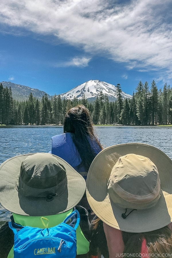 Just One Cookbook family boating in Manzanita Lake - Lassen Volcanic National Park Travel Guide | justonecookbook.com
