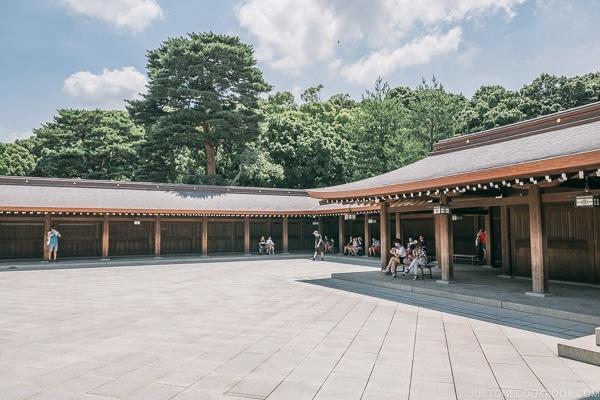 Meiji Jingu courtyard - Meiji Jingu Guide | justonecookbook.com