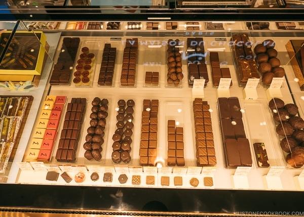 La Maison Du Chocolat - Shinjuku Travel Guide | justonecookbook.com