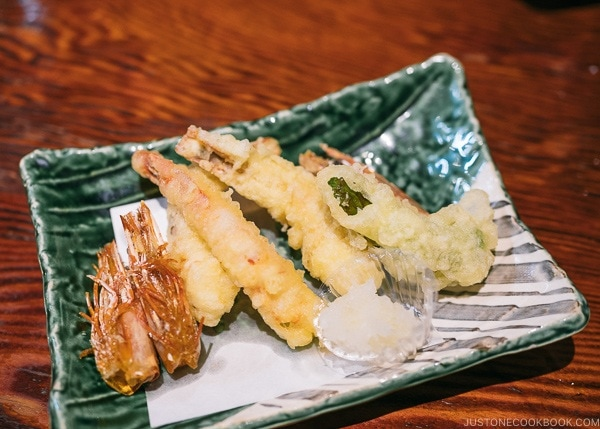 shrimp tempura at Zauo Shinjuku ざうお新宿店 - Shinjuku Travel Guide | justonecookbook.com