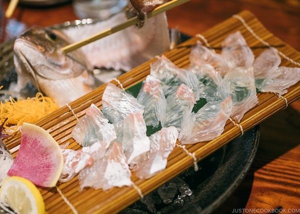 seam bream tai sashimi at Zauo Shinjuku ざうお新宿店 - Shinjuku Travel Guide | justonecookbook.com