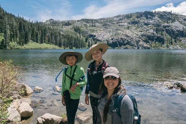 Just One Cookbook family at Castle Lake - Mount Shasta Travel Guide | justonecookbook.com