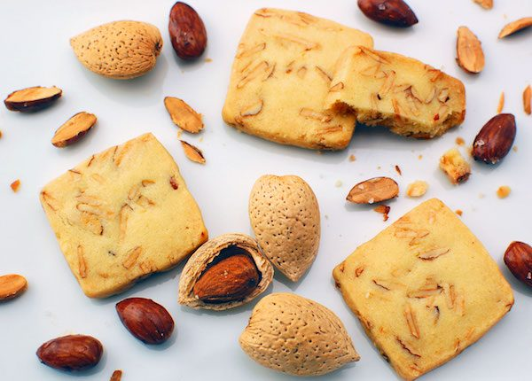 Salt butter almond cookies from Luphia Sweets