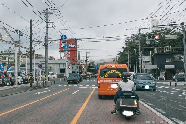 street intersection - Guide to Driving in Japan | www.justonecookbook.com