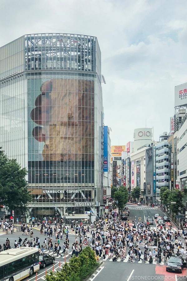 Shibuya Crossing - Tokyo Shibuya Travel Guide | www.justonecookbook.com
