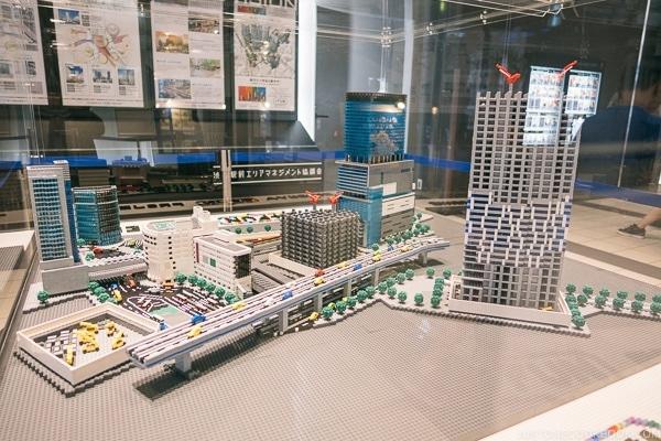 Lego model of Shibuya at Shibuya Hikarie - Tokyo Shibuya Travel Guide | www.justonecookbook.com