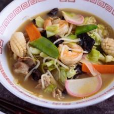 Nagasaki Champon served in a ramen bowl.