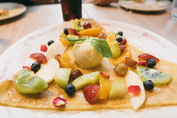 fruit crepe at Framboise restaurant inside Ginza Six GSix Department Store - Tokyo Ginza Travel Guide | www.justonecookbook.com