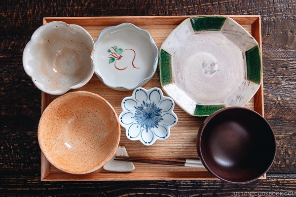 Japanese Tableware and Setting
