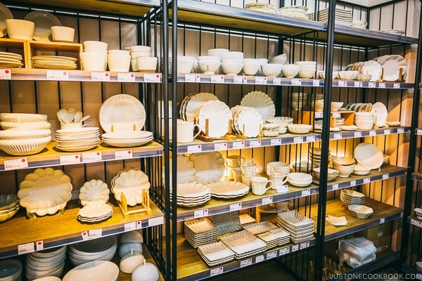 white dishes and kitchenware on display - Tokyo Kappabashi Guide | www.justonecookbook.com