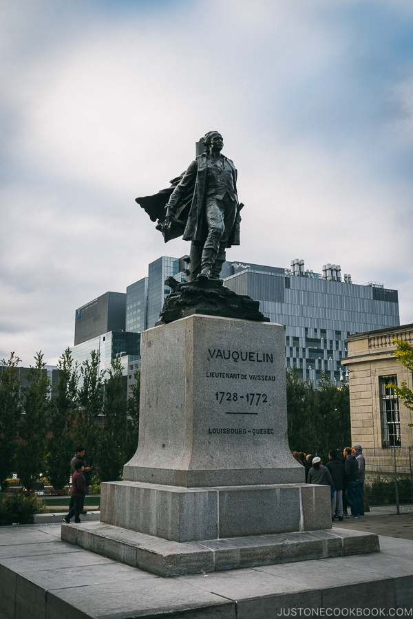 Vauquelin statue at Vauquelin Place - Montreal Travel Guide | www.justonecookbook.com