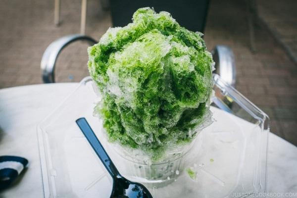 matcha shaved ice kakigori - Tokyo Dome City | www.justonecookbook.com