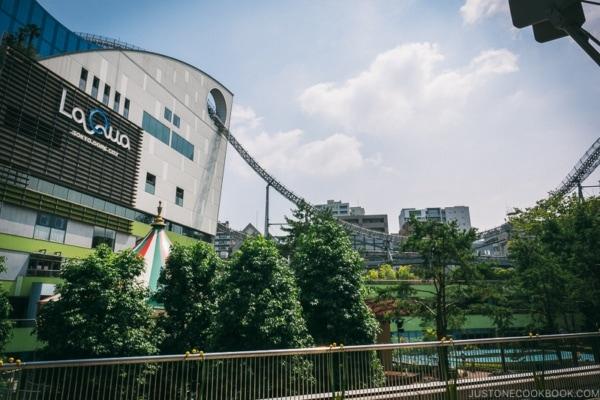 roller coaster going through LaQua - Tokyo Dome City | www.justonecookbook.com