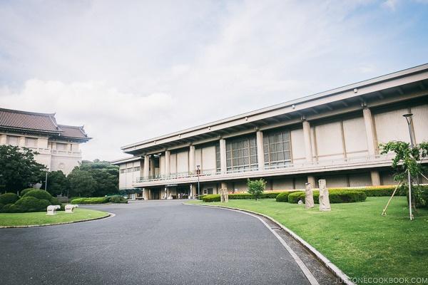 Tokyo National Museum Toyokan - Tokyo National Museum Guide | www.justonecookbook.com